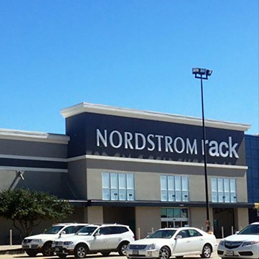 Nordstrom-Rack-Gallery-On-The-Parkway-feature